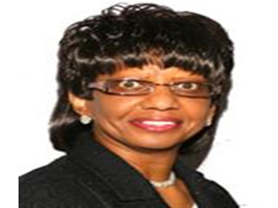 Dr Joycelyn Henderson